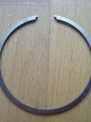 Piestny krúžok pre 1 až 6 výbrus,hrúbka 2mm
